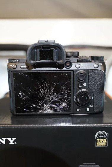 Broken camera at wedding